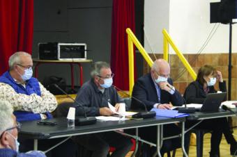 BUDGETS 2021 : PAS DE HAUSSE D'IMPÔTS